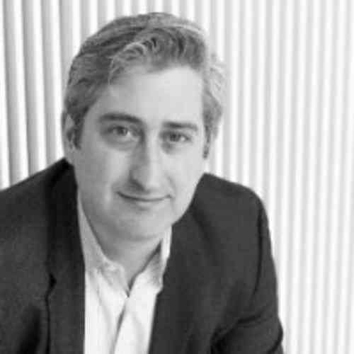 <p>David Shrier<br></p><p>Founder & CEO<br>Distilled Analytics</p>