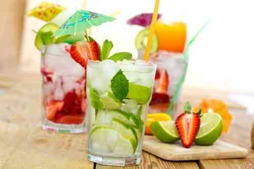 <p>Light refreshments & drinks provided </p>