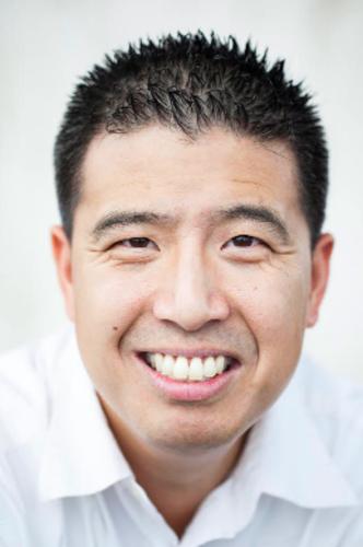 <p>Chris Liang , PhD</p>