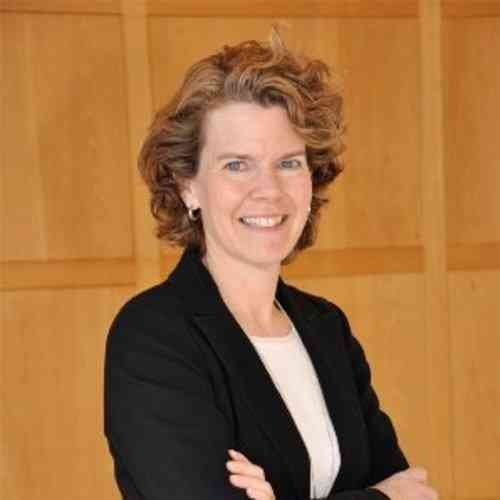 <p>Jackie Roberts</p><p>Chief Sustainability Officer<br>The Carlyle Group</p>